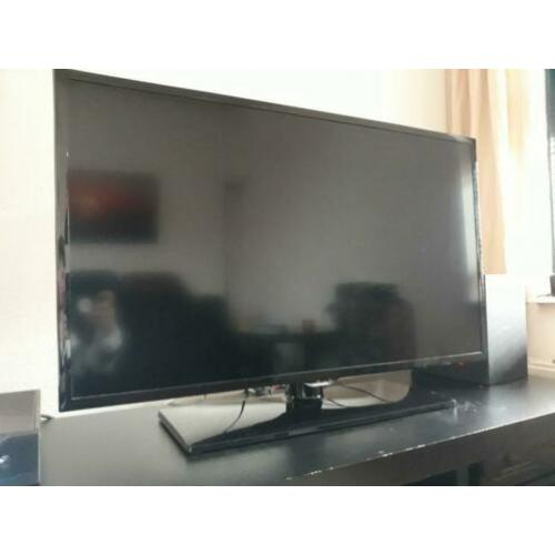 Nette Samsung UE39F5000 39 inch Full HD TV