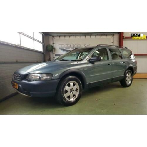 Volvo XC70 2.4 D5 Comfort Line Automaat Youngtimer