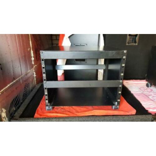 Metalen flight case tape rack
