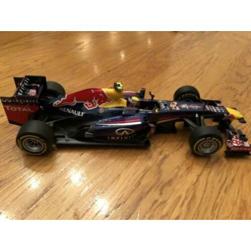 Red Bull Racing rb9 2013 1/18